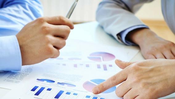 We verzamelen persoonsgegevens voor het beheer van onze klantrelatie met u.